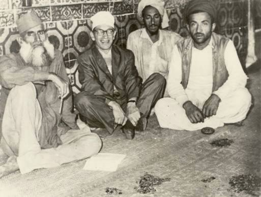Famous American mystic, Samuel Lewis, seen here with the keepers of the shrine of Sufi saint, Data Ganj Baksh, in Lahore (1962)